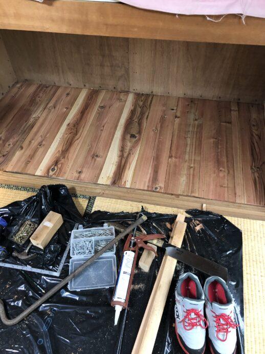 押し入れ床板張り替え画像 大工仕事画像